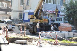 Заканчивается укладка новой теплотрассы на улице Комсомольской. Протяженность объекта – более двух километров