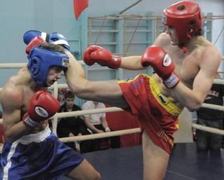 Кикбоксеры Приморья уверено одержали победу на чемпионате Дальнего Востока