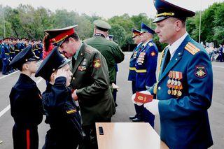 В Уссурийском суворовском училище состоялась торжественная церемония вручения погон воспитанникам