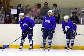 Ещё 90 спортсменов и волонтёров Уссурийска посетили игры хоккейного клуба «Адмирал»