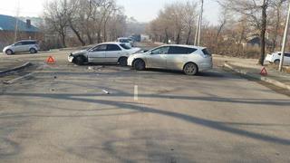 2 человека пострадало вчера в ДТП в Уссурийске