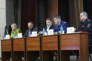 Глава администрации Уссурийска отчитался перед жителями Пушкинской территории