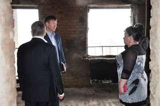 Семьям, пострадавшим от пожара в доме на ул. Ленина, 91, оказана помощь
