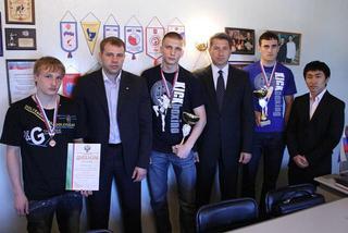 Уссурийский кикбоксер стал чемпионом России