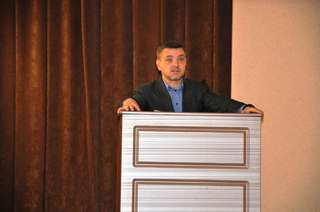 Евгений Корж потребовал от управляющих компаний Уссурийска провести дополнительный осмотр жилых зданий