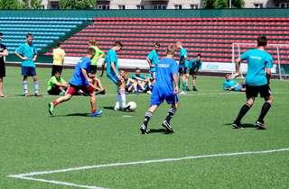 В Уссурийске продолжаются отборочные игры второго турнира по футболу среди дворовых команд