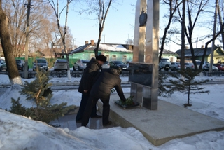 В Уссурийске ветераны МВД почтили память погибших сотрудников органов внутренних