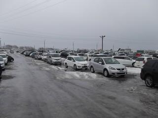 Авторынки Приморья: машин все еще много, но новые не завозят