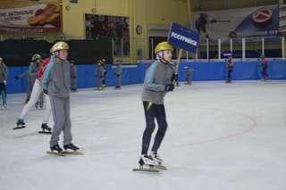 В рамках обмена молодежными делегациями стран АТР в Уссурийске стартовали соревнования по шорт-треку