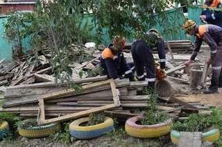 Завершаются работы по расчистке улиц Уссурийска, пострадавших от наводнения