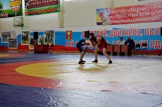 Всероссийский турнир по греко-римской борьбе проходит в Уссурийске