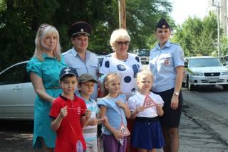 В Уссурийске полицейские и общественники провели профилактическую акцию «Осторожно: ДЕТИ!»