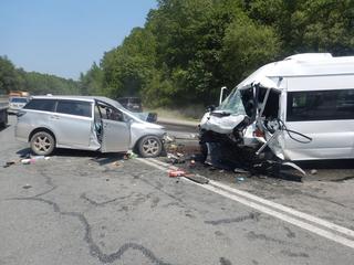 Полиция проводит проверки по фактам автоаварий со смертельным исходом в Приморье
