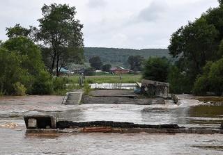 Из-за прошедшего дождя ограничено автомобильное сообщение с селом Кроуновка