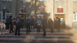 Начинается..: После выборов мэрию Уссурийска заблокировали правоохранители