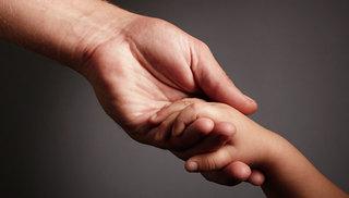 В Уссурийске транспортные полицейские вернули матери ребенка