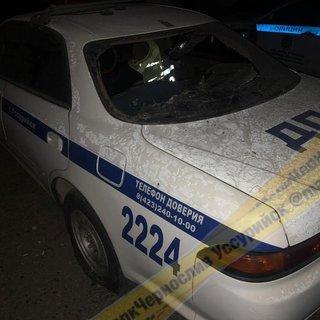 Неизвестные разбили стекла полицейских машин в Уссурийске