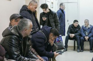 В Уссурийске задержали 50 нелегальных мигрантов