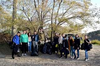 В Уссурийске прошел масштабный субботник в рамках акции «Защити землю, на которой живешь!»