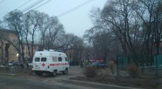 В Уссурийске эвакуировали школу после сообщения о минировании