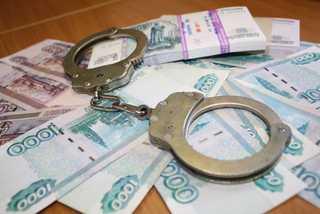 В Уссурийске сотрудники полиции задержали подозреваемого в хищении денег у коллеги