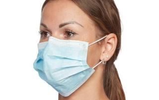Особые медицинские маски поступили в аптеки Приморья