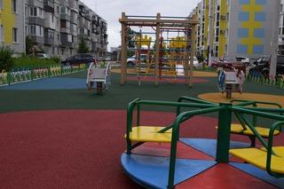 Еще пять дворовых территорий благоустроили по губернаторской программе в Уссурийске