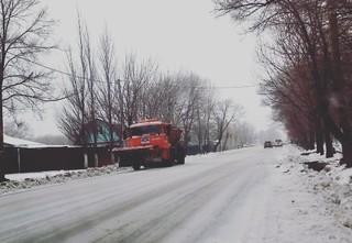 Более 30 единиц техники задействованы в расчистке улиц Уссурийска