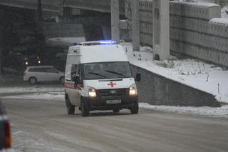 Потерял сознание и умер в «скорой»: в Приморье скончался слесарь