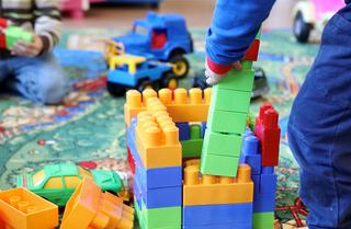 Размер пособий на детей 3-7 лет приморцам пересчитают