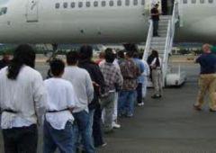 Число депортированных иностранных граждан в Приморье постоянно растет