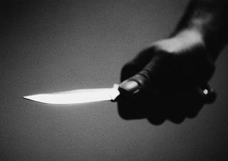 В Уссурийске мужчина хотел зарезать сожительницу кухонным ножом