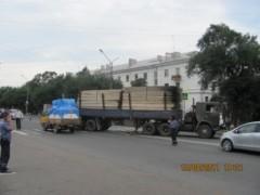Авария в районе дома 107а по Владивостокскому Шоссе