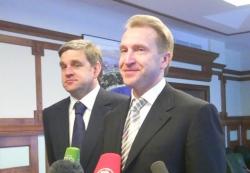 Первый вице-премьер Игорь Шувалов и губернатор края Сергей Дарькин ответили на вопросы уссурийцев