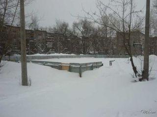 В Уссурийске некому открыть хоккейные коробки