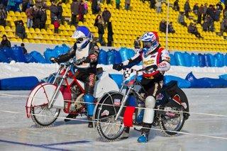 Андрей Иванов из Уссурийска стал третьим в соревнованиях по ледовому спидвею