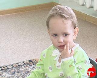 Помогите найти маму двухлетнего Олега!