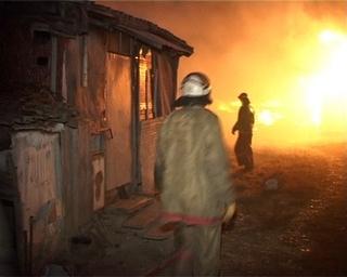 Дети подожгли траву в Доброполье -  сгорели гаражи