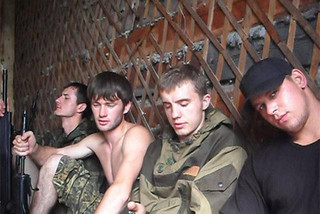 «Приморских партизан» поместили в карцер за совершение исламского намаза